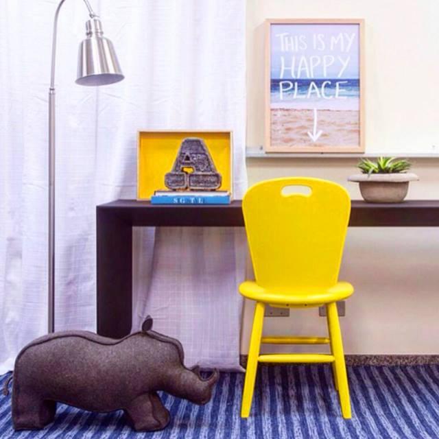 foto-rafaela-paoli-para-a-loja-gp-life-decor-cadeira-sao-paulo